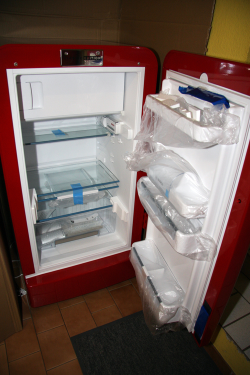 OFFTOPIC: Kühlschrank von Coca Cola abzugeben   hostblogger.de